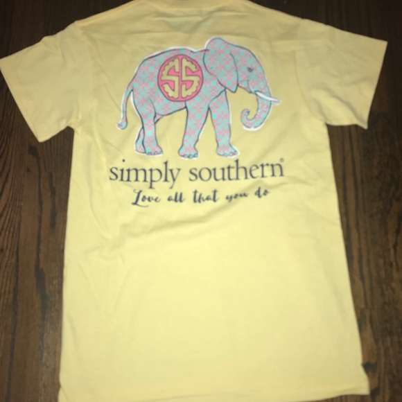 d9015b26ae362 NWOT • Simply Southern • Yellow Elephant Tee. M 5b27186c2e14784f6a9944a5